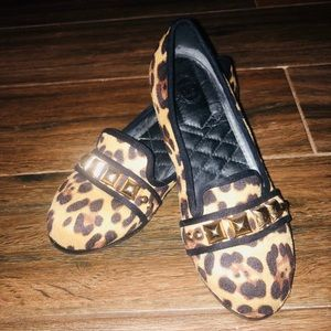 Shoes - Studded leopard flats